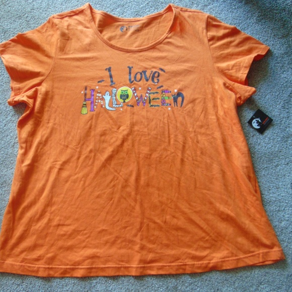 8a6d90fe760 ☺3 for  15 -NWT Plus Size Halloween Tees - 2X   3X
